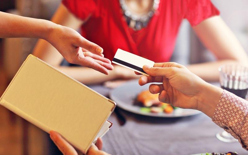پرداخت صورت حساب در قرار ملاقات