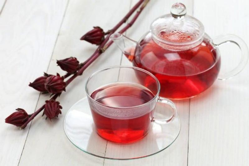 دمنوش قرمز چای ترش