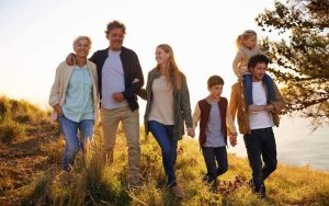 یک خانواده در طبیعت