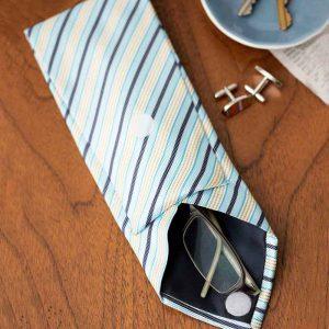جا عینکی دست ساز تهیه شده از کراوات