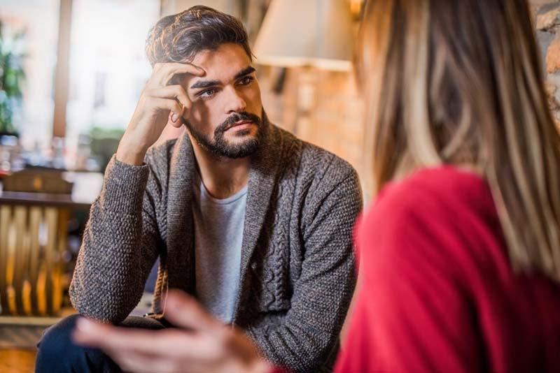 بحث و صحبت جدی زوجین در رابطه