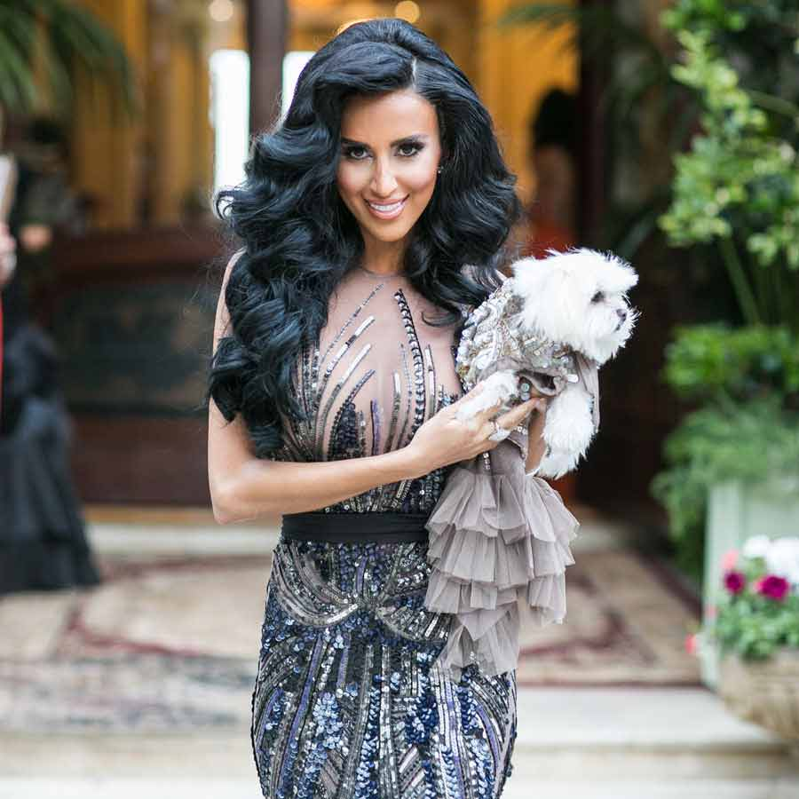 لیلی قالیچی و سگش