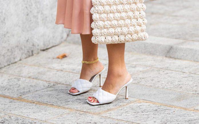 کفش پنجه مربعی