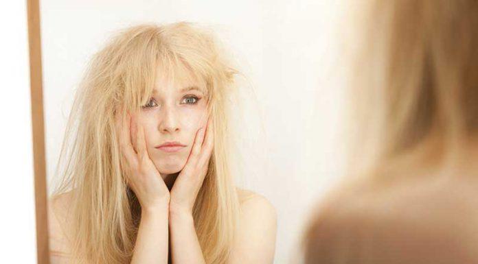 خانم ی با موی خشک