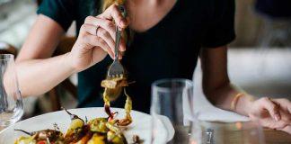 میز شام به سبک ایتالیایی